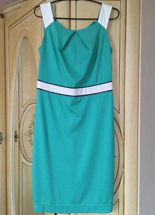 Новое трикотажное платье 48