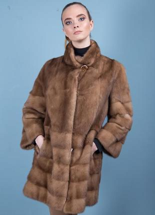 Норковая шуба полупоперечный крой последняя тенденция цвет соболь мех saga furs италия