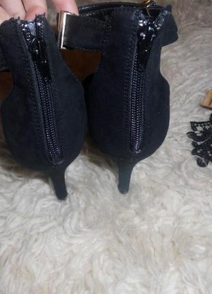 Шикарные туфли лодочки,босоножки new look3 фото