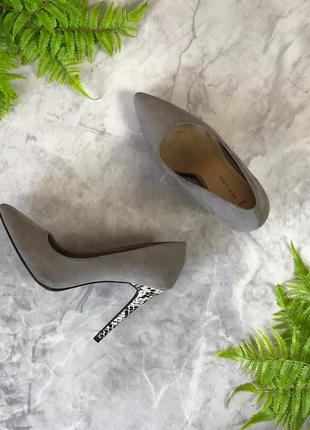 Изящные туфли-лодочки на монохромном каблуке  sh1920090 new look