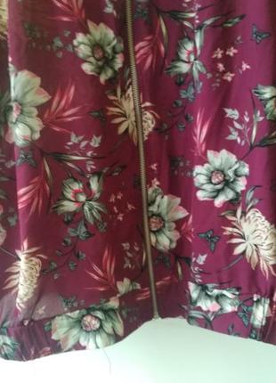 Летняя куртка бомбер цветочный принт от george5 фото