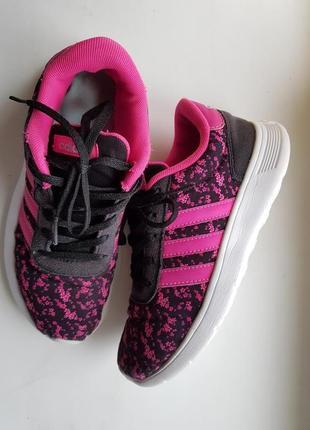 Невесомые кроссовки adidas,оригинал адидас
