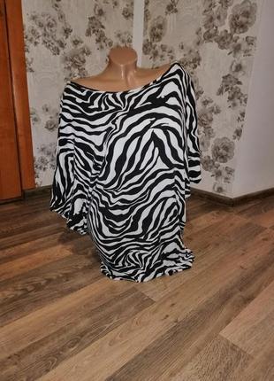Платье туника со змейками