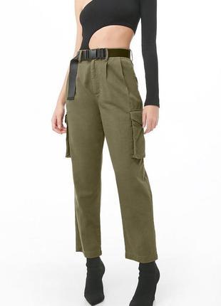 Крутые коттоновые брюки карго свободного кроя с карманами на талию