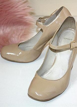 Трендовые лаковые туфли с квадратным носком на толстом каблуке topshop (к050)