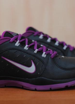 Черные женские беговые кроссовки nike training, 38,5 размер. оригинал