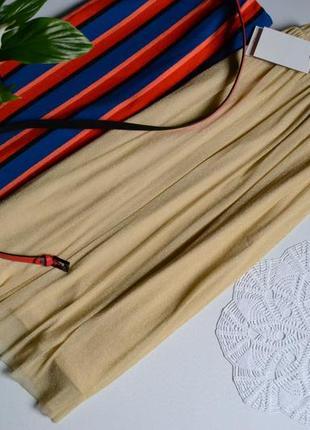 Zara стильна юбка міді з позолотою