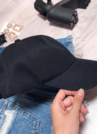Чёрная кепка унисекс  новая!!!2 фото