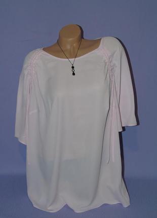 Красивая блузочка 22 размера1 фото