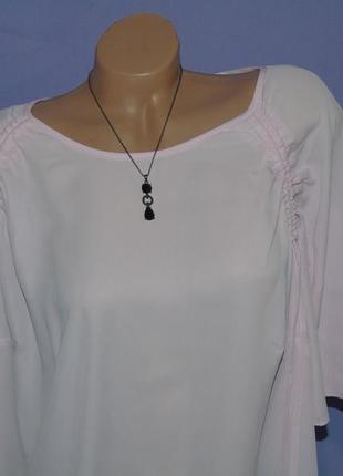 Красивая блузочка 22 размера3 фото