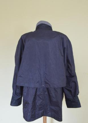 Очень красивая практичная курточка-ветровка6 фото