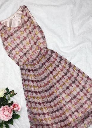 Розовое летнее шифоновое миди плиссированное платье1 фото