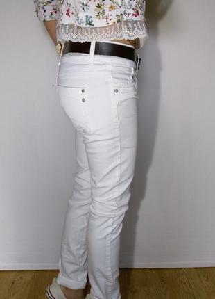 Крутые белоснежные джинсы ltb4 фото