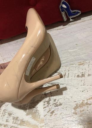 Туфлі із натуральної лакованої шкіри,від san marina3 фото