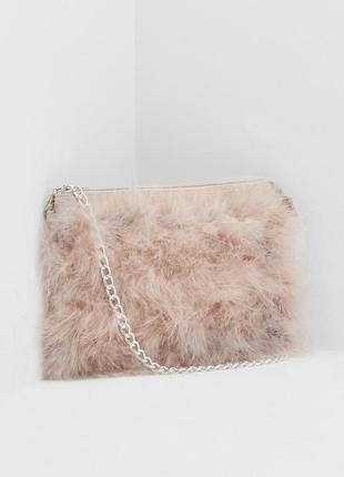 Невероятная сумка с перьями на цепочке клатч missguided2 фото