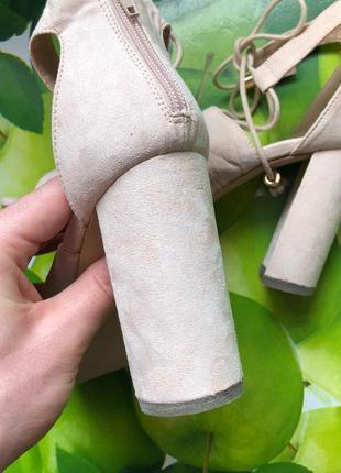 Бежевые босоножки туфли на шнуровке zara4 фото