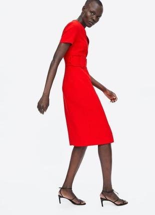 Красное платье с поясом с v вырезом zara9 фото