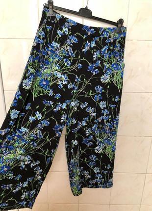 Брюки кюлоты широкие штаны в цветочный принт zara3 фото