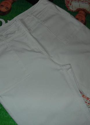 Белоснежные натуральные фирменные  брюки с высокой посадкой торг2 фото