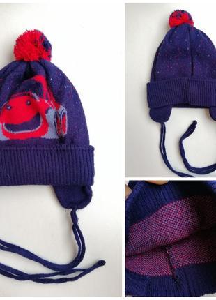 Демисезонная шапка на завязках