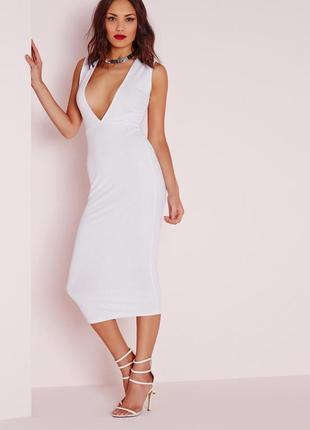 Стильное белое платье миди в рубчик с v вырезом missguided1 фото