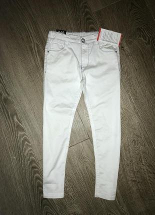 Стильные легкие джинсы 6-9 лет. италия.