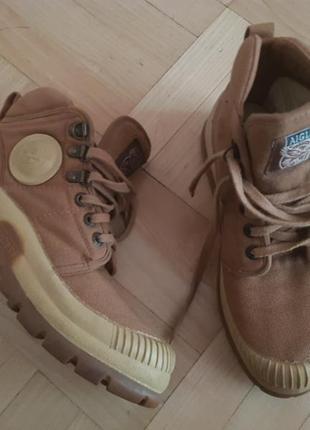 Крутезні черевики
