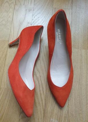 Туфлі із натуральної замші зовні і нат.шкіри