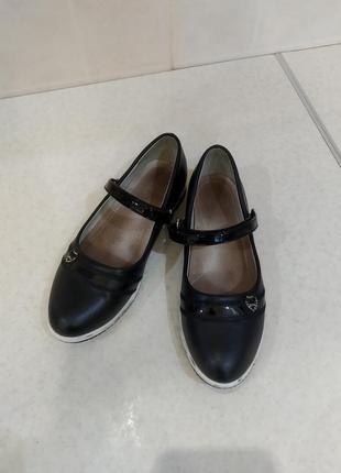 Красивые туфельки для девочки