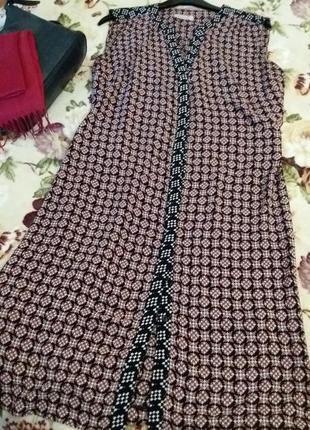 Платье- рубашкс интересный принт marks&spenser