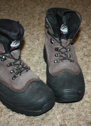 Продам зимние ботинки itasca tinsulate