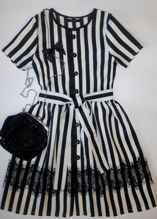 Платье на девочку 128-134см с сумкой