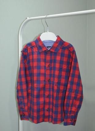 Трендовая рубашка в клетку для мальчика