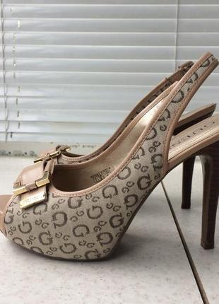 Guess туфлі