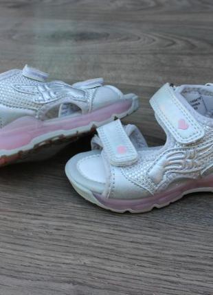Шикарные серебристые моргающие сандалии босоножки primark 22 размер