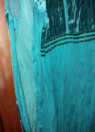 Роскошное платье с зеленого бархата велюра и воздушного фатина--14-169 фото