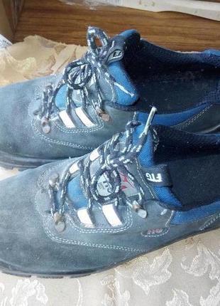 Добротные ботинки туфли с металлической вставкой ftg италия