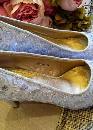 Шикарный нарядные  туфли размер 38-393 фото