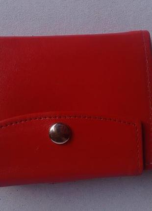 Винтажній красній кошелек