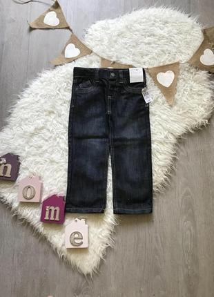 Новые прямые джинсы на 2-3 года