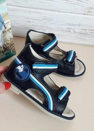Последний размер!! ортопедические босоножки сандалии на мальчика том.м tom.m tom.m