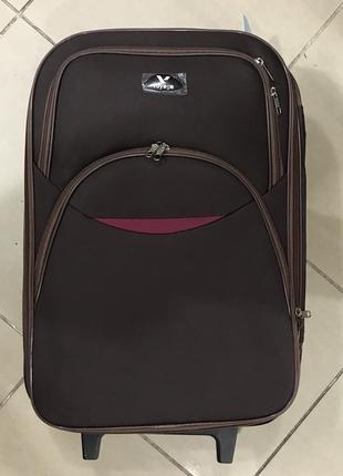 Новый коричневый дорожный чемодан на колесиках s маленький