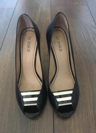 Туфлі braska