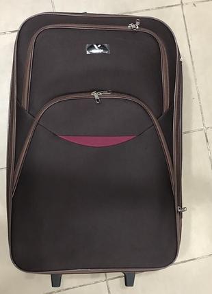 Новый коричневый дорожный чемодан m средний