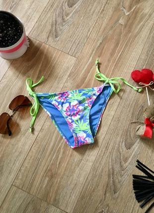 Яркие игривые плавочки бразилианы от купальника ocean club
