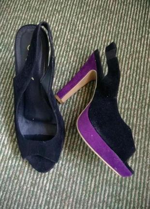 Замшевые черные босоножки на широкую ногу