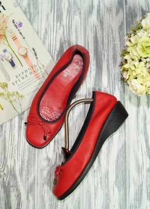 Tlc. кожа. комфортные красивые туфли