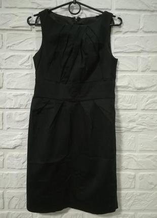 Базовое черное платье на все случаи жизни
