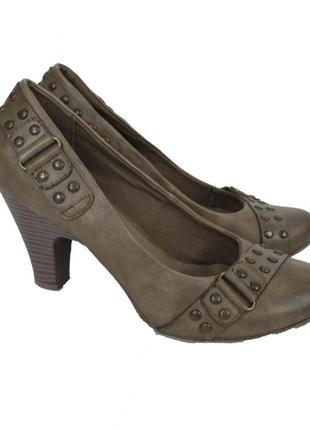 Коричневые туфли на каблуке grace 12346