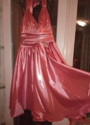 Выпусуное платье 44-46 рр